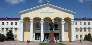 キルギス共和国/ジュスプ・バラサグン記念キルギス国立総合大学と大学間学術交流協定を締結