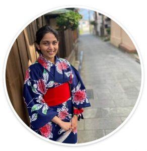 インド国籍学生らが浴衣でまち歩きした記事が新潟日報に掲載されました
